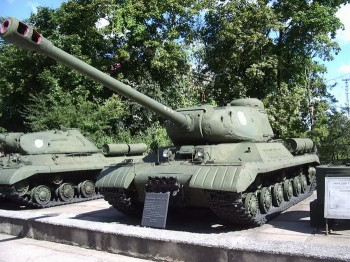 IS-2M Walk Around