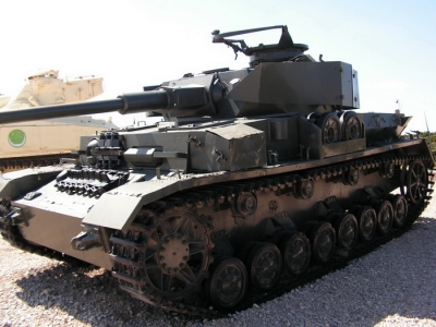 PzKpfw IV Ausf. J Walk Around
