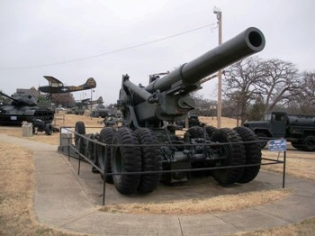 US 8 Inch M115 Howitzer with M5 Limber Walk Around