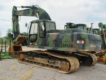 230LCR Hydraulic Excavator Walk Around