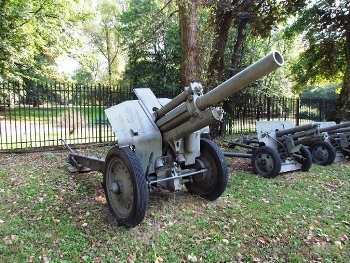 Soviet 122mm field howitzer model 1938 Walk Around