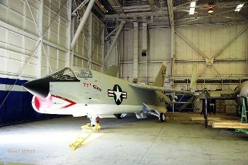 YF-8C Crusader (140448) Walk Around