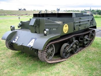 Universal Carrier Mk.I Walk Around
