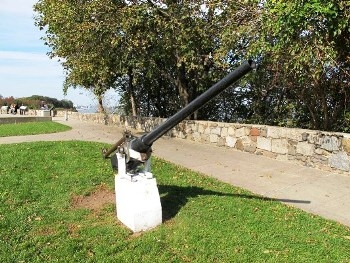 US 6-pdr Mark III Naval Gun Walk Around