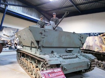 "SdKfz 1613 Flakpanzer IV ""Mobelwagen"" Walk Around"