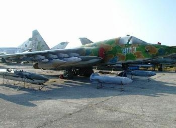 Suchoj Su-25 Frogfoot Walk Around