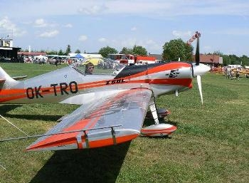 Zlin Z-50L,LS Walk Around