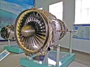 Aviation engine D-36 Walk Around