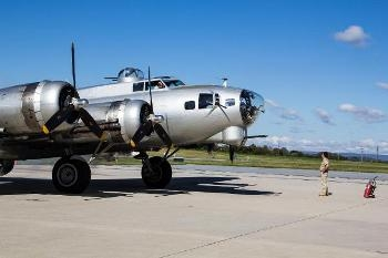 B-17G Flying Fortress Walk Around