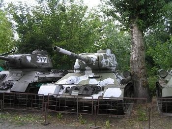 T-34-85 Walk Around