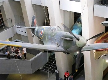 Supermarine Spitfire Mk.Ia Walk Around