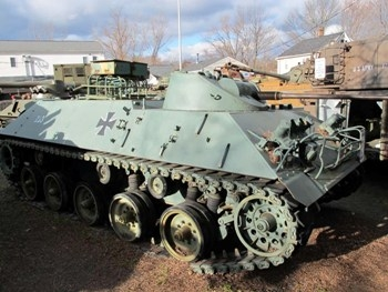 Schutzenpanzer Lang HS.30 Walk Around