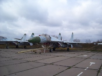 SU-27 Walk Around