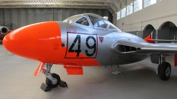 De Havilland Vampire T.11 Walk Around