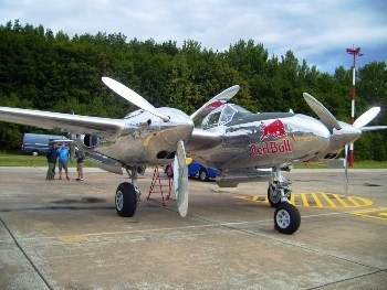 Lockheed P-38 Lightning (Full version) Walk Around