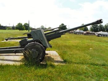 T25 90mm Anti-Tank Gun Walk Around