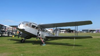 De Havilland DH-84 Dragon Walk Around