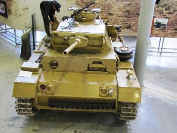 Pz.Kpfw.III Ausf.L Walk Around