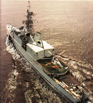 Iroquois class Destroyers Walk Around