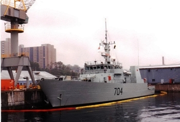 Canadian kingston class Maritime CoastaL Defence Vessels Walk Around