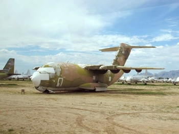 McDonnell-Douglas YC-15 Walk Around
