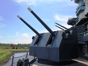 5 inch Turrets (USS North Carolina BB-55) Walk Around