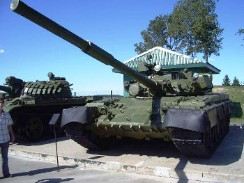 T-80B Walk Around