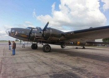 B-17F Flying Fortress 'Memphis Belle' Walk Around