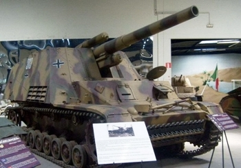 Jagdpanzer Hummel Walk Around