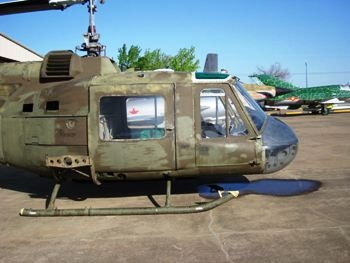 UH-1B Iroquois Walk Around